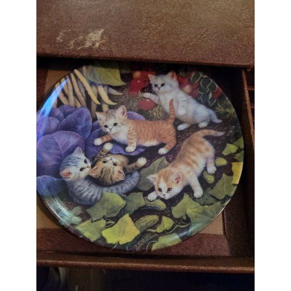 The bradford exchange plates Lot of 8 1996 Cats